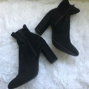 a new day by Target Blk Faux Suede Zip Bootie 9.5